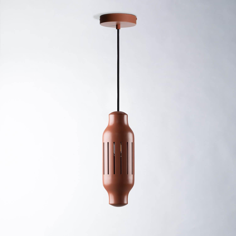 Lampe aus Metall und Ton Versus, Galeriebild 1