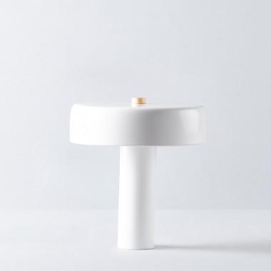 Lámpara de Mesa en Metal Fungur